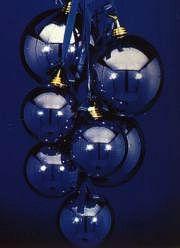 Strapec vianočných gúľ
